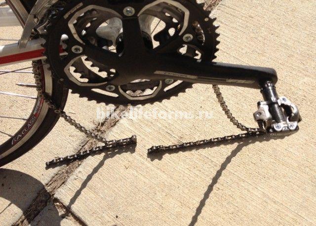 сломанная вилка велосипеда