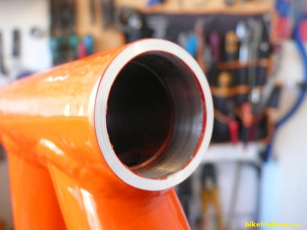 отторцованный рулевой стакан рамы велосипеда
