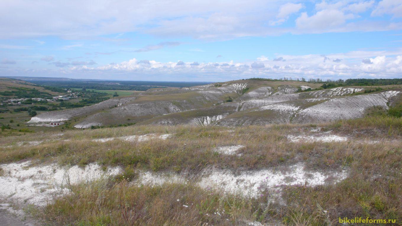 Белые холмы возле Костомарово.