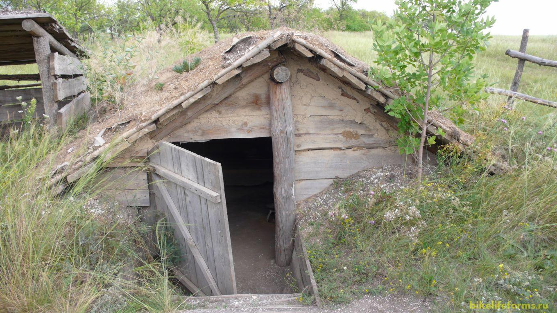 Здесь жили кочевники.