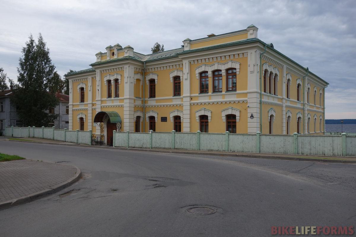 старое здание, 1909 г.
