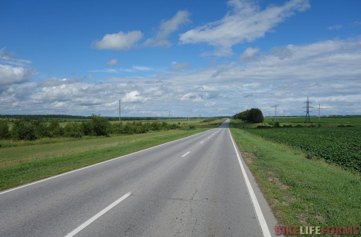 тесное шоссе...