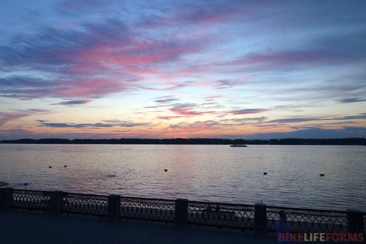 закат на набережной Самары