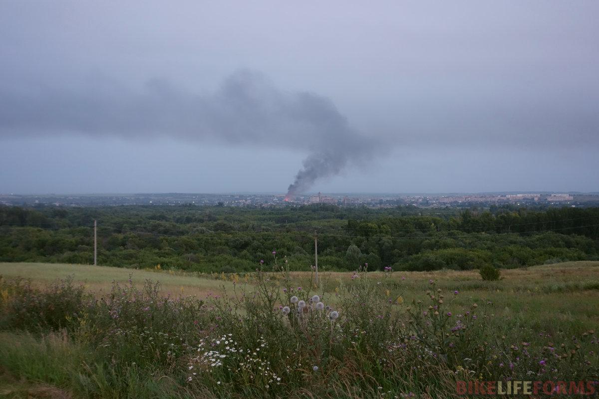 Бугуруслан, горит заброшенный ДК