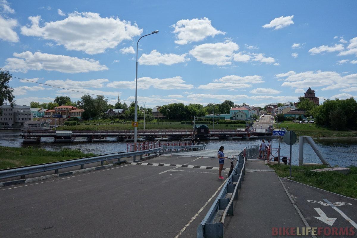 разводной наплавной мост через р. Москва