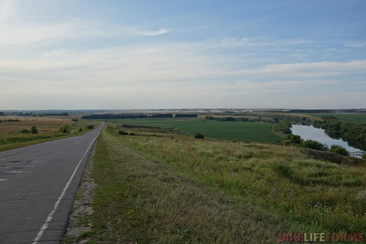 ...зато потом проскочил 35 км за два часа по пустой дороге