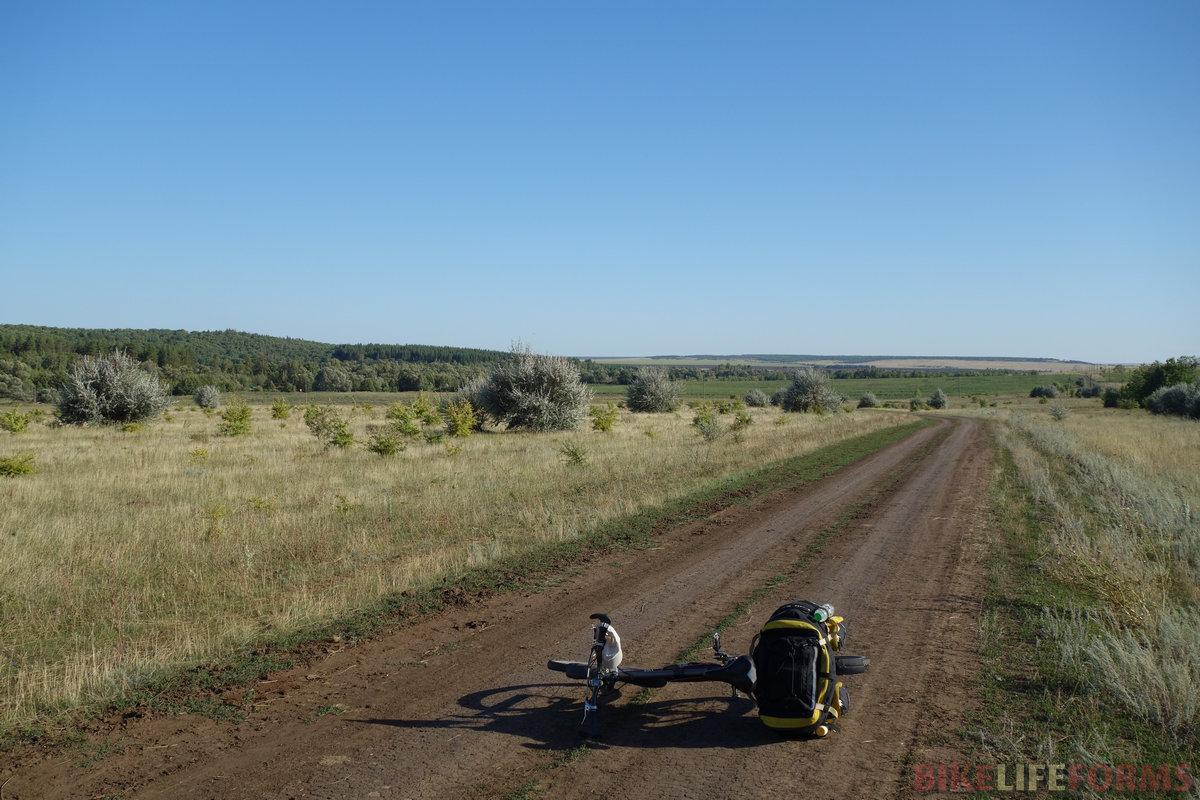 всхолмленная часть Саратовской области - находка для велотуриста!