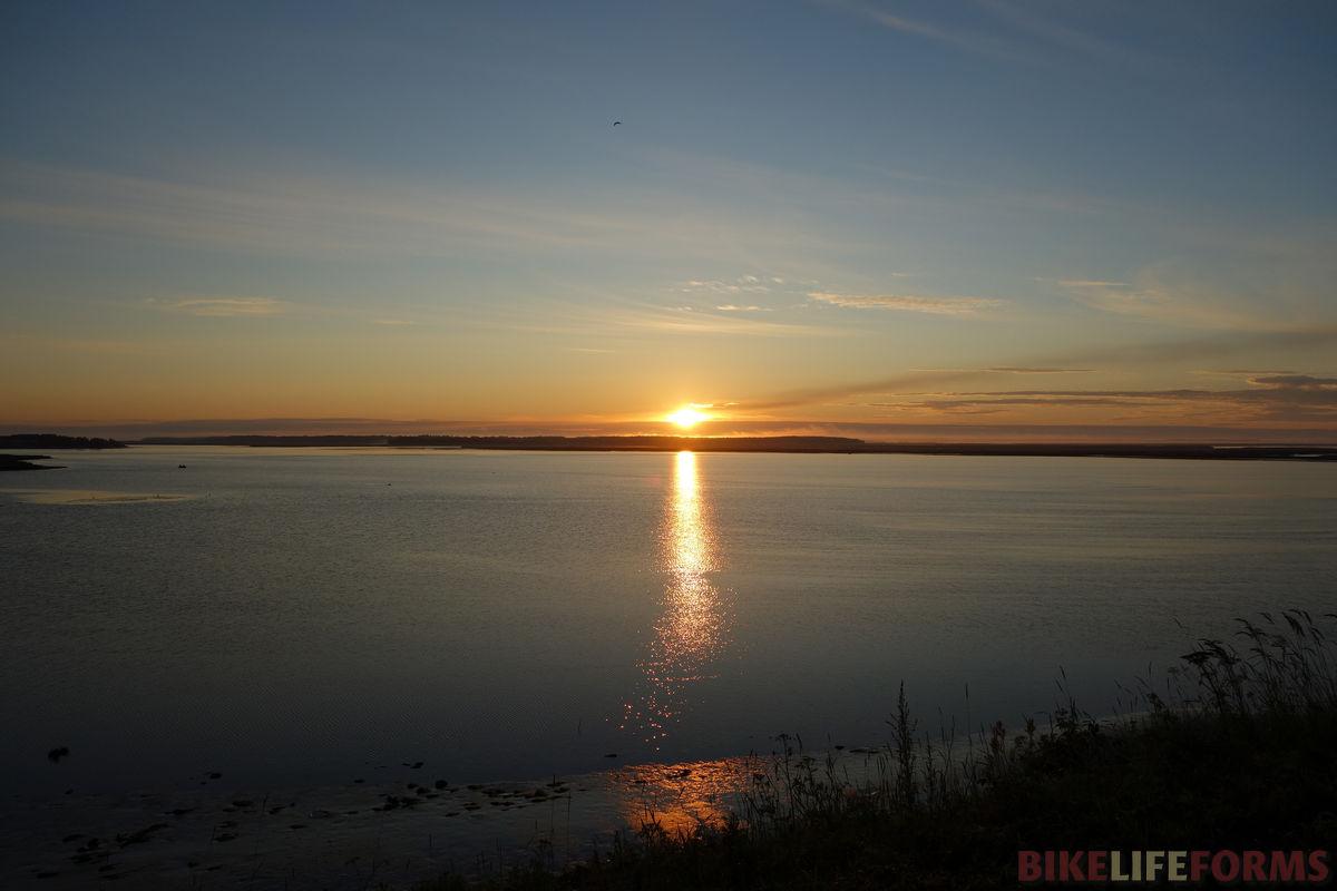 рассвет в дельте Северной Двины